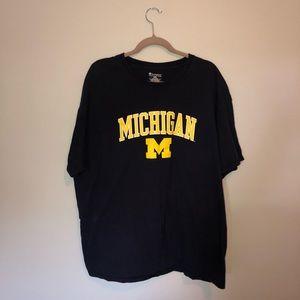 Men's XXL Michigan College Football T-Shirt